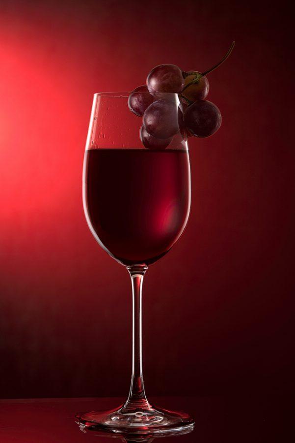 фото - бокал красного вина